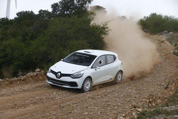 Renault-Clio-R3T-au-Var