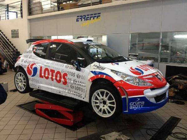 Robert-Kubica-en-207-S2000