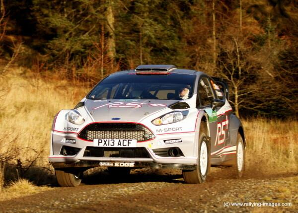 Une-Ford-Fiesta-R5+-pour-2014