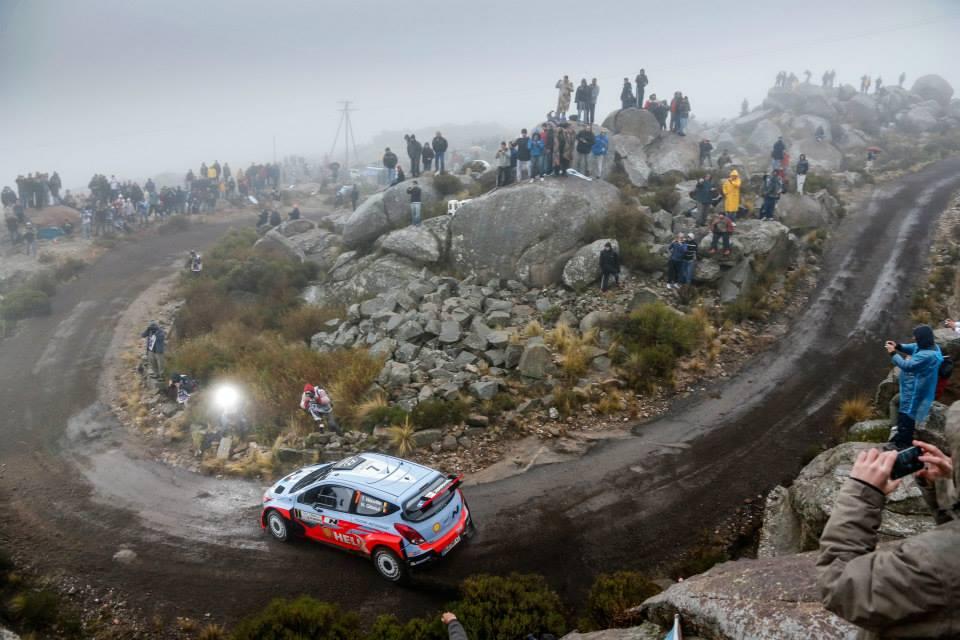 La-Hyundai-I20-WRC-progresse