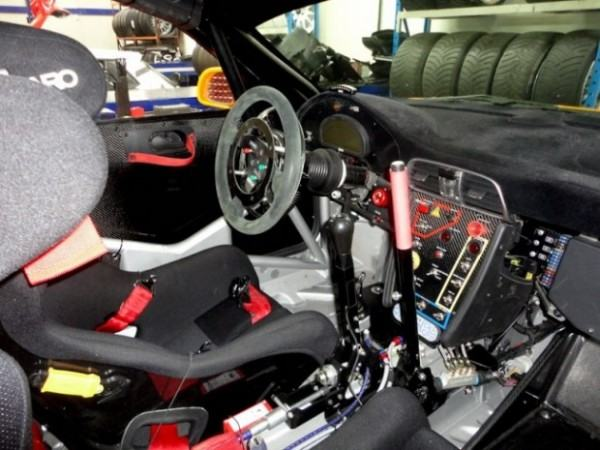 Bozian racing s 39 attaque au r gt for Interieur wrc