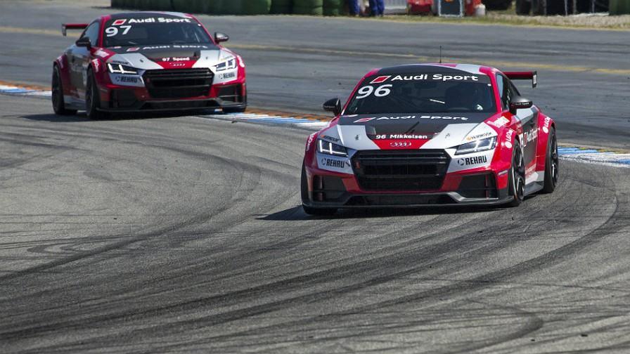 Mikkelsen-en-Audi-TT-Cup