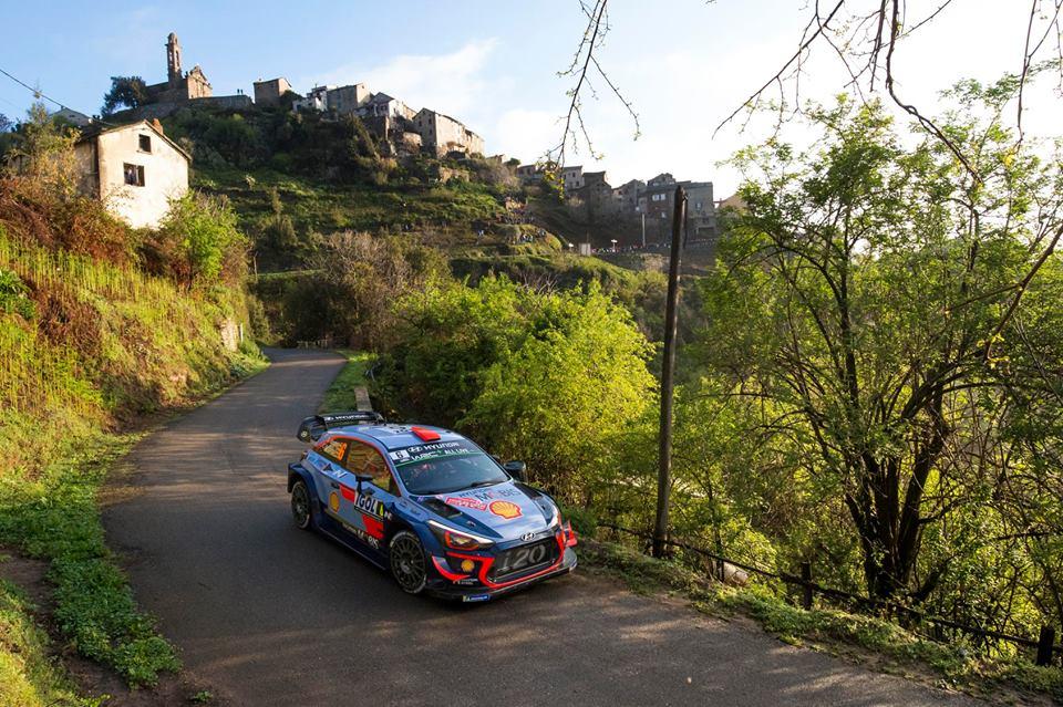 Sébastien Ogier prépare le Rallye de Corse